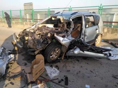 惨烈!事发延茅公路!一轿车逆行撞上货车,司机当场身亡!