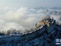 长城雪景如画