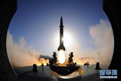 """永远冲锋的""""导弹发射先锋营""""——记阔步强军征途的火箭军某旅发射一营"""