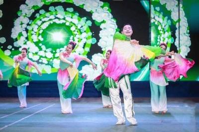 首届全国健身秧歌(鼓)大赛总决赛落幕  扬中代表队获最佳创意奖
