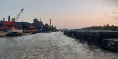谏壁船闸船舶通过量再创历史新高   船舶及货物通过量双过亿