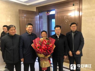 省委宣传部领导来镇走访慰问道德典型
