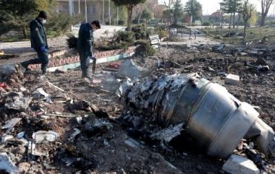 """伊朗初步调查显示乌航客机因""""技术问题""""坠毁"""