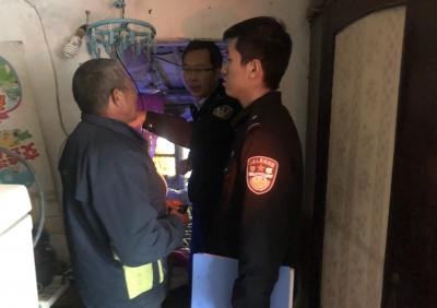私拉乱接电线!扬中警方开出镇江今年首张群租房罚单