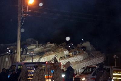 土耳其东部发生6.5级地震 至少6人死亡