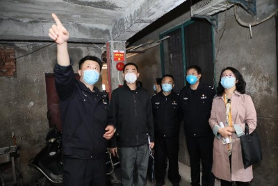 江苏省安全生产督导组督查镇江群租房安全管理