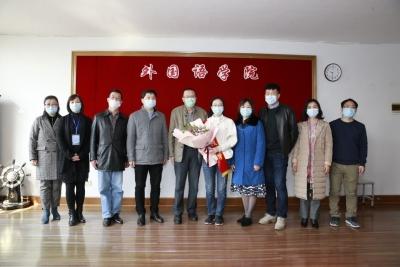 江科大老师出征上海出入境口岸 为疫情防控提供语言服务