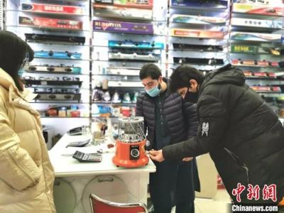 """""""世界超市""""义乌:商户开门迎客 外商加速回流"""
