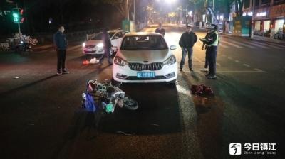 句容一女子被撞卷入车底,路过群众纷纷出手抬车救人