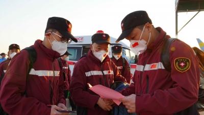 中国政府联合医疗工作组抵达乌兹别克斯坦