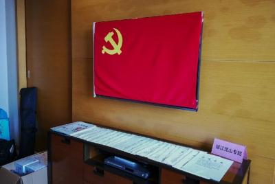 (等送审)记者探访:镇江昆山专班筑牢200公里外的防疫关口