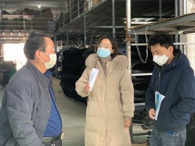 """丹陽界牌鎮:""""監督+幫扶""""護航1500余家企業復工復產"""