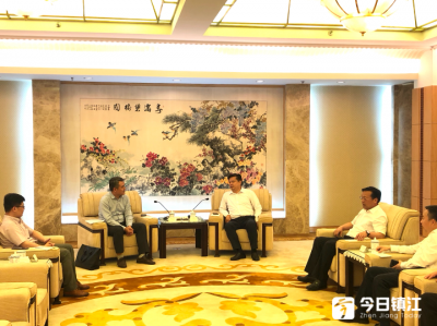 市领导会见阿里巴巴集团江苏总经理李嘉平一行