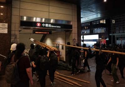 香港修例风波回望:深重的邪恶与被颠倒的是非