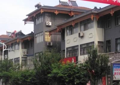 镇江宝堰镇中路整体街道外立面仿古改造  千年古镇呈现古色古香