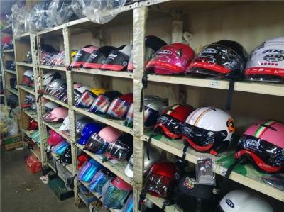 全国首部省级电动自行车管理条例通过 明确强制戴头盔