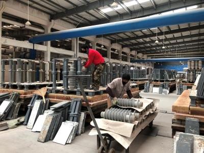 边城:新材料产业生产踏春前行