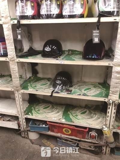 """""""疯狂""""的头盔:望""""盔""""肉疼,安全帽也登场了"""