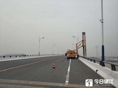 """镇江重点桥梁装上了""""听诊器"""",24小时监测,会自动报警"""
