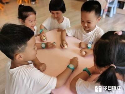"""中山路中心幼儿园组织开展幼儿园趣生活——端午蛋宝宝""""大作战"""""""