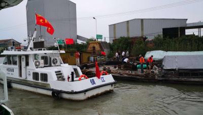 紧急救援!大运河上一货船意外漏水下沉,5小时脱险
