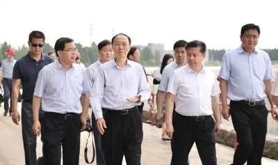 副省長馬秋林來鎮檢查新孟河河長制工作