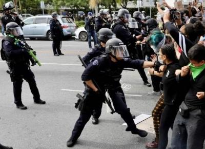 全美启动超过4万名国民警卫队队员应对抗议活动
