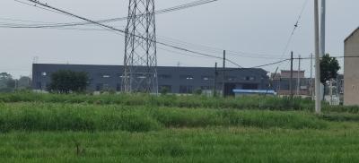 延陵镇政府:取土坑填埋垃圾是永鑫建材厂单方面行为,对于已填埋的垃圾,从哪儿来还运回哪儿去!