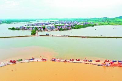 有一道大坝叫众志成城