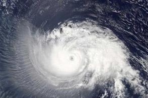 """江苏省防指部署台风""""黑格比""""防御工作,启动防台风Ⅳ级应急响应"""