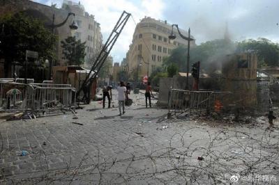 黎巴嫩首都发生大规模示威活动,造成至少238人受伤