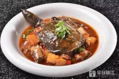 """""""爬""""上江苏乡土地标菜,宝堰""""红烧甲鱼""""为啥吸引食客?"""