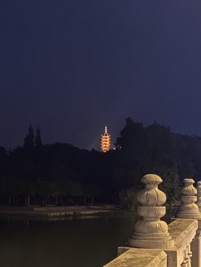 金山公园慈寿塔景观照明项目竣工  节日期间,每晚6点准时亮灯