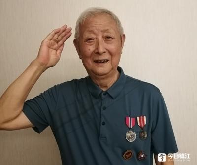 陆晓龙:抗美援朝战争到碉堡里去联络工作