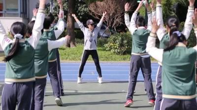 中考体育测试将与语数外同分值 体育课真的要翻身了吗?