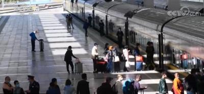 全国铁路短途旅游、探亲等客流持续高位运行 5日铁路预计发送旅客1160万人次