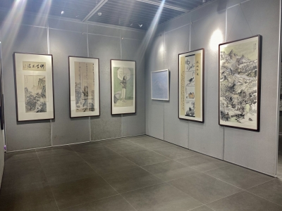丹阳60余幅优秀美术作品共绘时代画卷