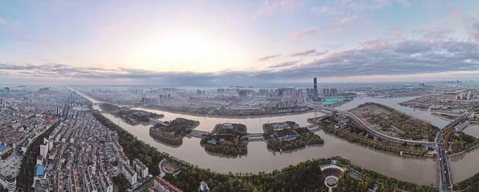习近平总书记考察江都水利枢纽时肯定南水北调东线工程取得的重大成就,让江苏水利人深受鼓舞