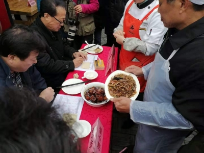 数千村民从四面八方来宝堰  寻找繁华古镇老味道