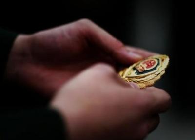 首个警察节,人民日报刊文:忠诚担当 警徽闪亮