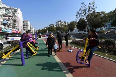 改造街心公園 市民新去處