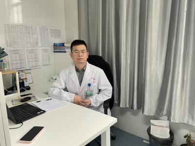 来镇机会偶然,成长频跃台阶  ——访江苏大学附属医院心血管实验室主任王中群