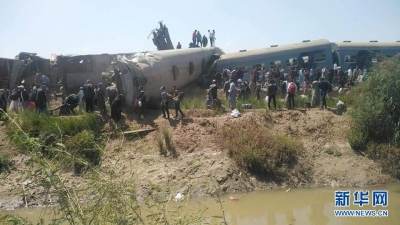 埃及兩列客車相撞 至少32人死亡