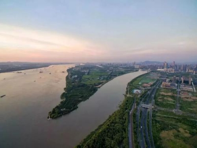 镇江10个项目列入省重大项目清单