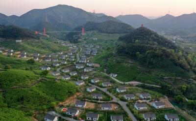 春來西塞山:鄉村蝶變繪新景