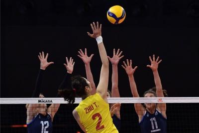 世界女排联赛:中国队战胜荷兰队