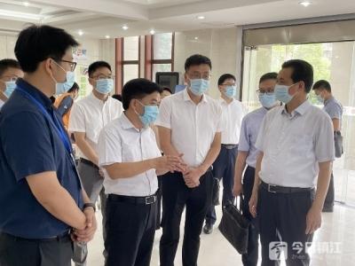 镇江市领导监督检查疫情防控工作