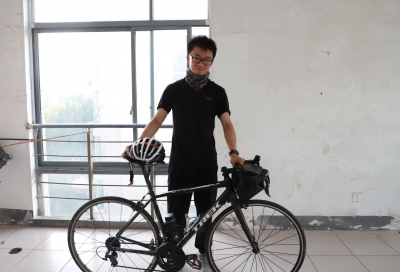 4天520公里!江苏大学一研究生新生骑行来报到