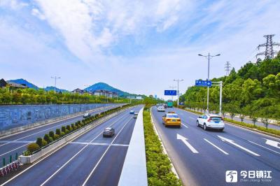 国庆假期,江苏高速日均出口流量预计400万辆次,最高日10月1日