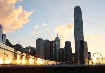 最近很热的香港U型曲线,这四张图讲清楚了